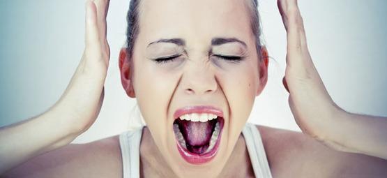 chica-gritando