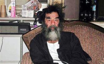 Sadam Hussein poco después de ser capturado.