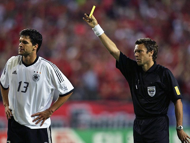 Ballack vio la amarilla en el partido ante Corea del Sur y se perdió la final de la Copa del Mundo. (Foto: impromptuinc.wordpress.com)