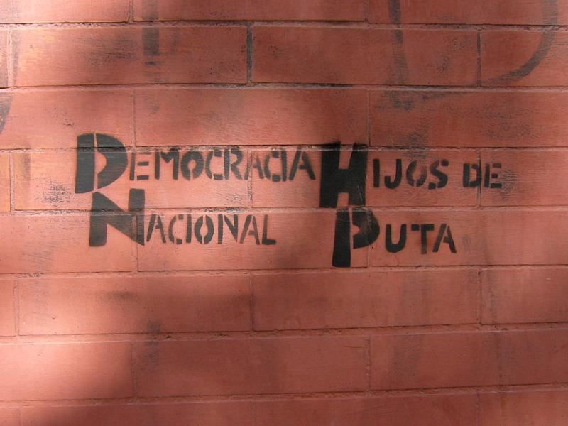 democracia nacional